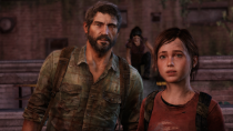 joel-and-ellie-looking
